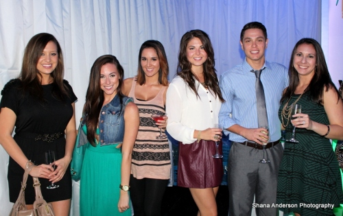 Plaza 13 step & repeat 1-010
